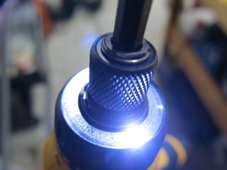 dewalt-gyroscopic-LED-bit