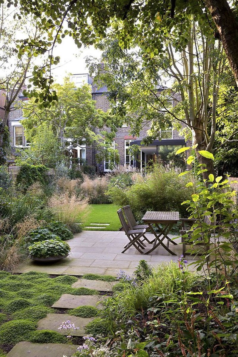 49 Charming Side Yard Garden Landscaping Ideas You Need To See on Side Yard Designs id=76389