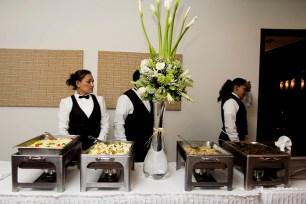 Atencio especial Local del Servicio buffet a Medio dia