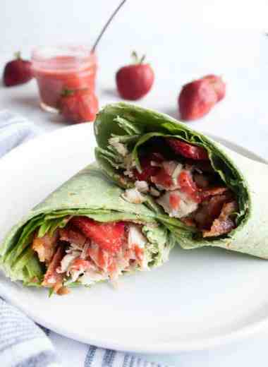 Ultimate Grilled Chicken Wrap Recipe With Strawberries, Bacon, and Parmesan - Sink your teeth into the Ultimate Grilled Chicken Wrap Recipe with Strawberries, Bacon, and Parmesan for a complete lunch experience. Delicious! #easy #chicken #wraps #healthy #light #refreshing #lunch #mealprep #homefreshideas