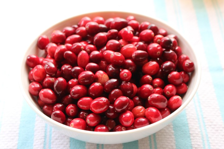 Simple + Sweet Cranberry Sauce