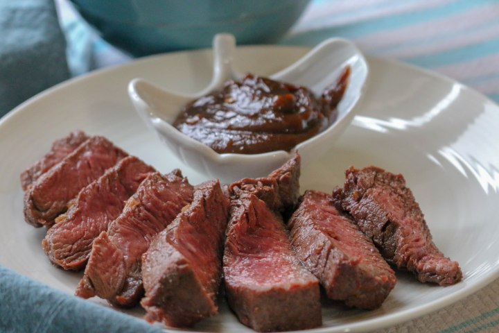 Grilled Steak with Peanut Sauce