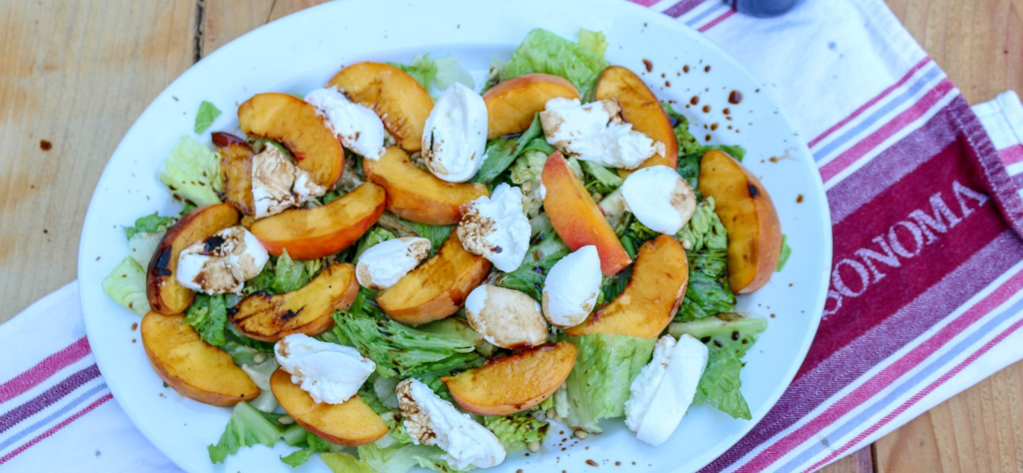 Grilled Peach and Burrata Salad with Balsamic Vinegar