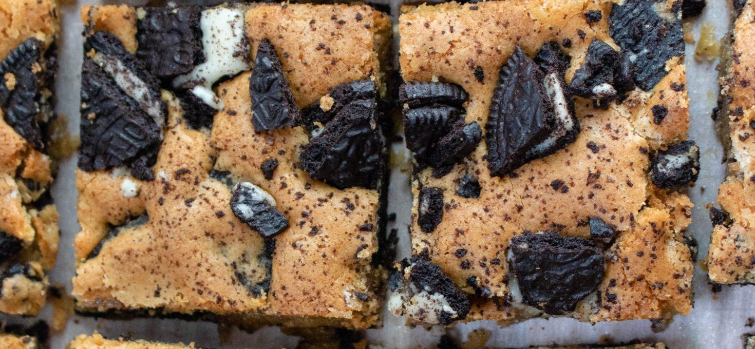 Cookies 'n' Cream Blondies