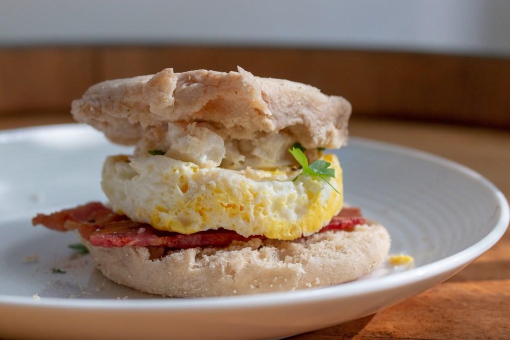 breakfast egg muffin sandwich