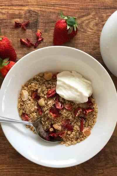 Strawberry and Macadamia Muesli
