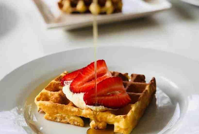 Belgian yeast waffles
