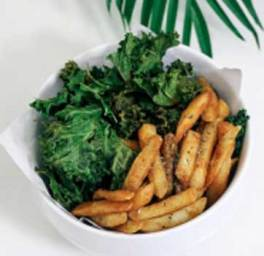 Kale chips are healthy and free from starch and sugar