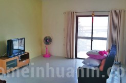 2-Bed-Khao-Takiab-House-For-Rent-living-room