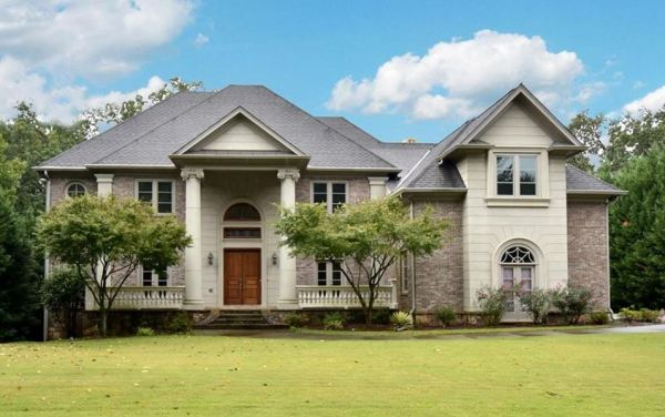 Estate Home In Cameron Glen Sandy Springs