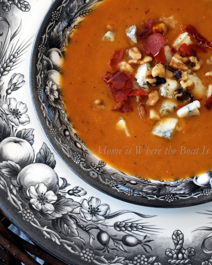 Roasted Pear-Butternut Soup | ©homeiswheretheboatis.net #fall #recipes #soup