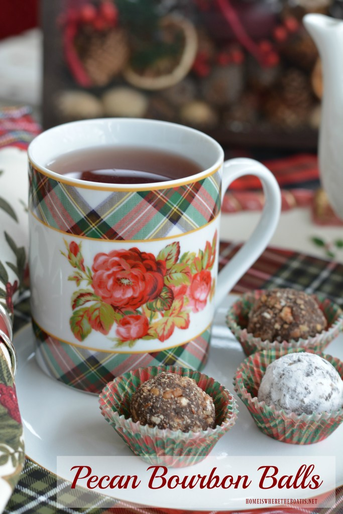 Pecan Bourbon Balls! An easy no-bake Southern treat to enjoy with a cup of tea or for Christmas gift giving! | ©homeiswheretheboatis.net #recipe #nobake #foodgift #cookies