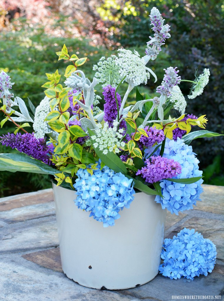 Flower Therapy Easy Garden Flower Arrangement And Method Home Is Where The Boat Is