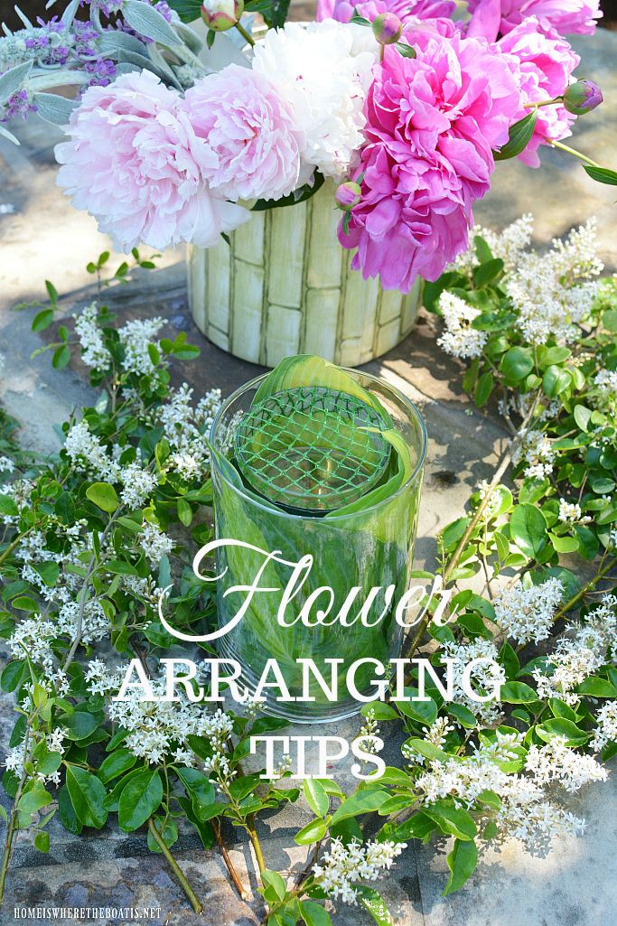 Garden Bouquet Tips and Flower Arranging Hack using something you usually throw away! | ©homeiswheretheboatis.net #peonies #DIY #recycle #flowers