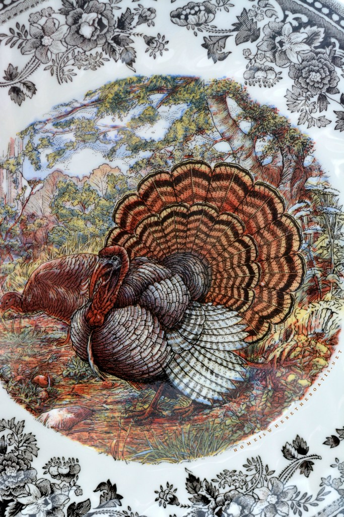 Queen's Majestic Beauty Thanksgiving Turkey Plate | ©homeiswheretheboatis.net #thanksgiving #giveaway #turkey