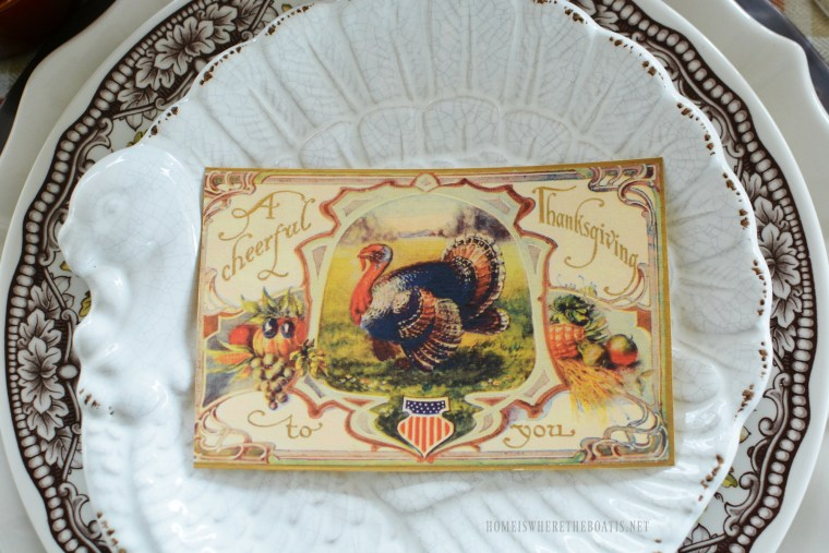 Thanksgiving Patriotic Turkey Vintage Thanksgiving Greetings Postcard | homeiswheretheboatis.net #Thanksgiving table #patriotic #postcard #tablescape