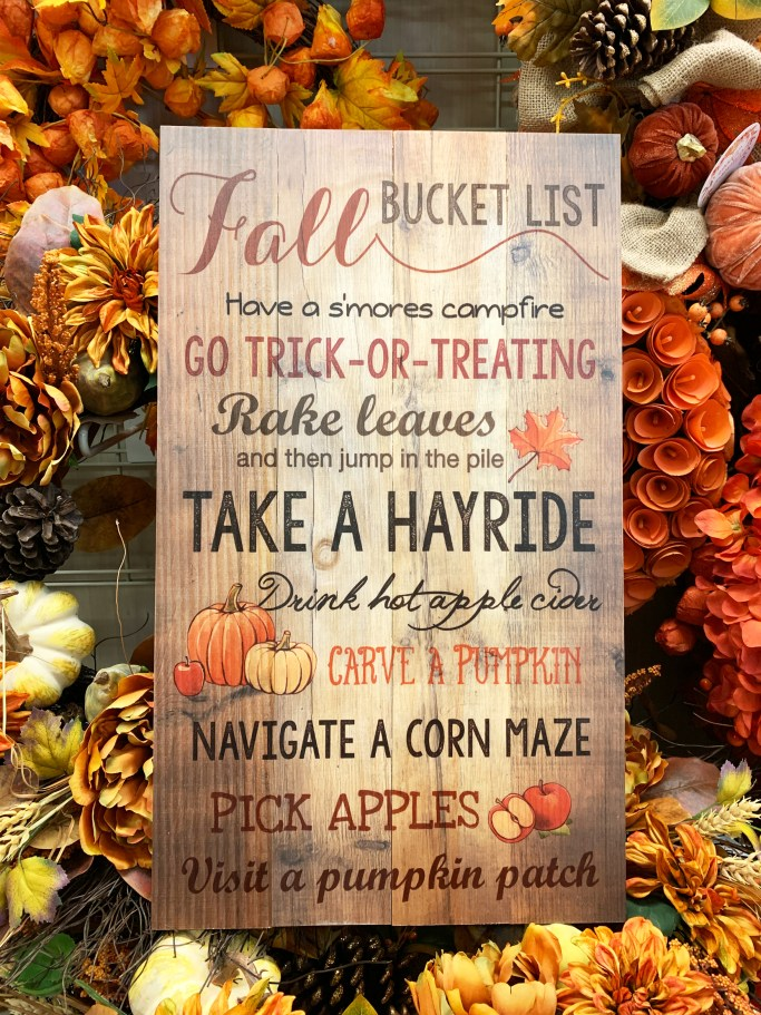 Fall Bucket List | ©homeiswheretheboatis.net #HomeGoods #fall