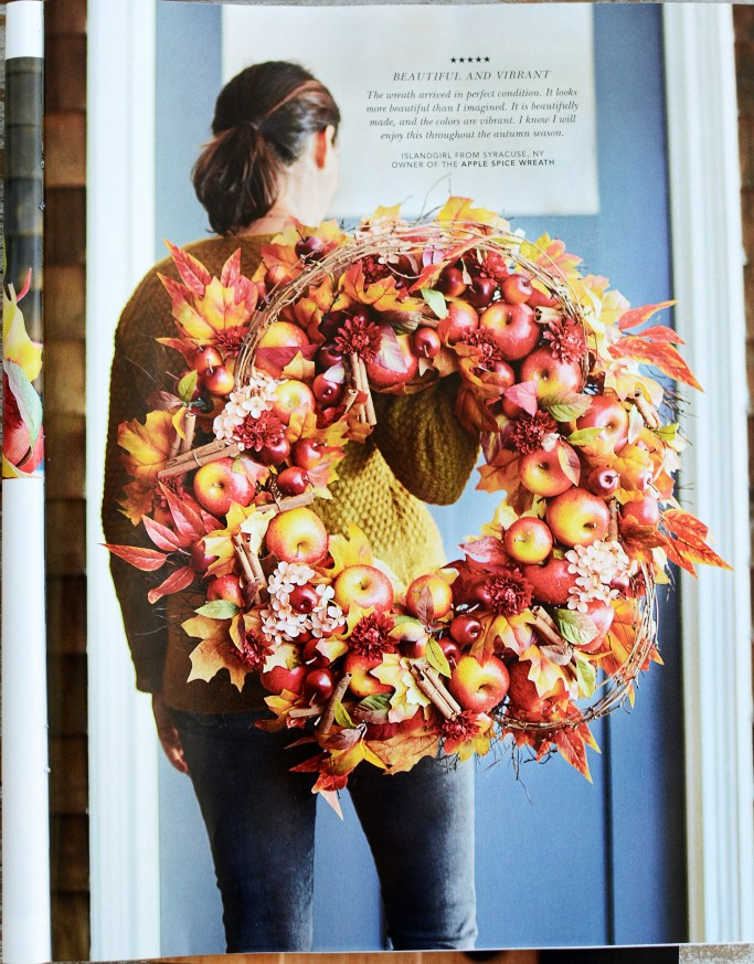 Inspiration Balsam Hill Apple Spice Wreath | ©homeiswheretheboatis.net #fall #wreath #apples #DIY