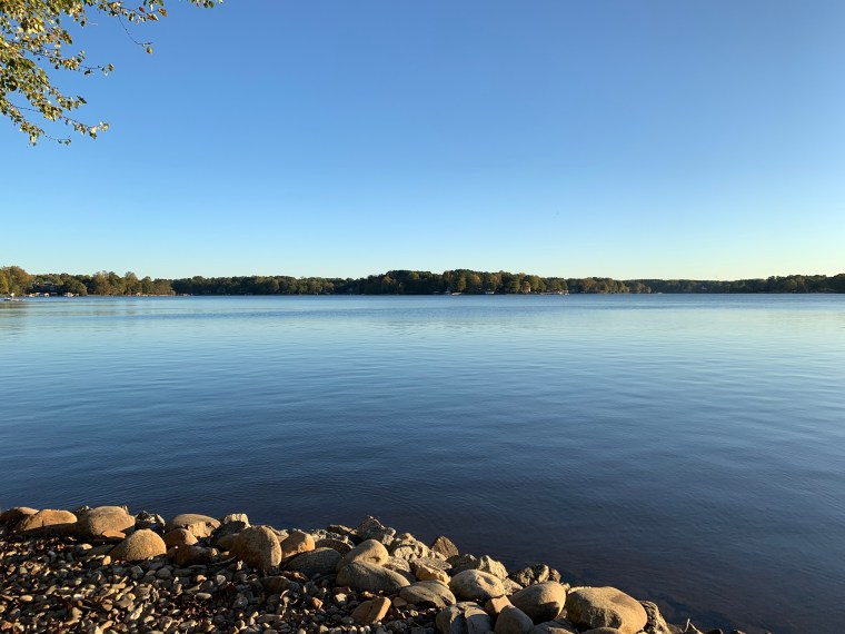 October Lake Norman | ©homeiswheretheboatis.net #LKN #lake