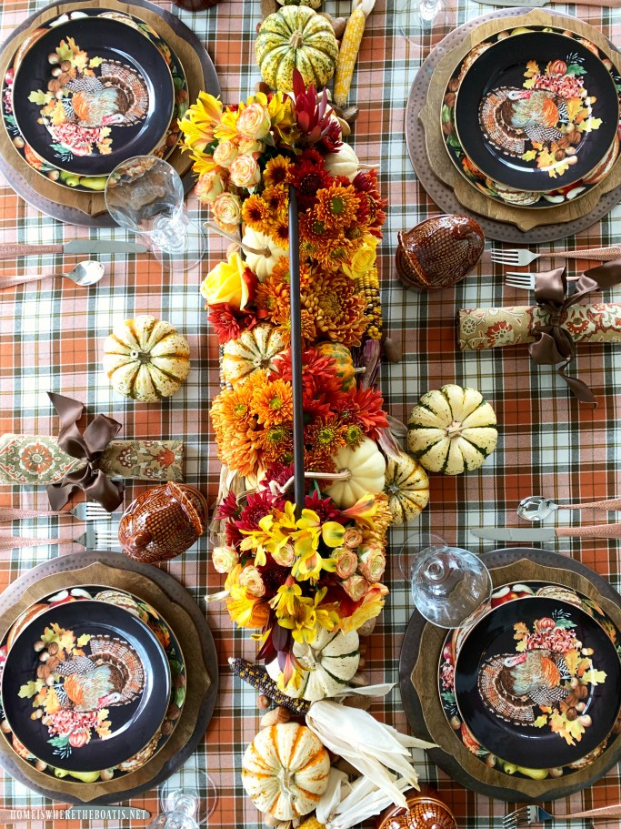 Create an easy and long-lasting floral arrangement with these time-saving shortcuts and tips, using harvest elements as a centerpiece for a Thanksgiving or fall table.