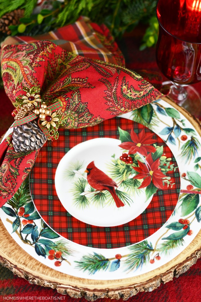 Cardinal Christmas table | ©homeiswheretheboatis.net #Christmas #tablescapes #birds #tartan #plaid