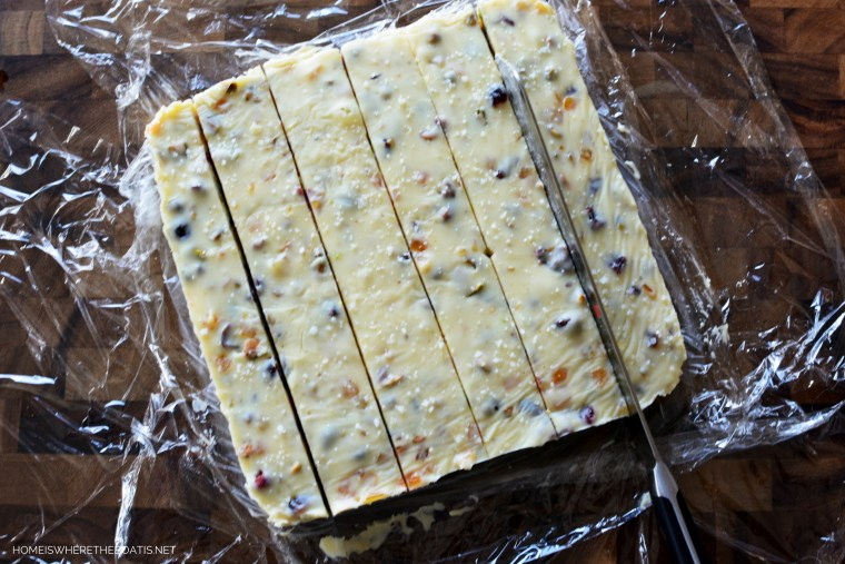 White Chocolate Cranberry-Orange-Pistachio Fudge | ©homeiswheretheboatis.net #fudge #Christmas #recipe #easy