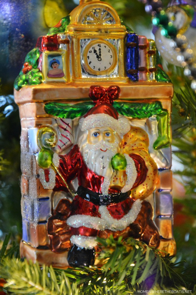 Santa in Chimney Christmas Ornament | ©homeiswheretheboatis.net #Christmas #tree