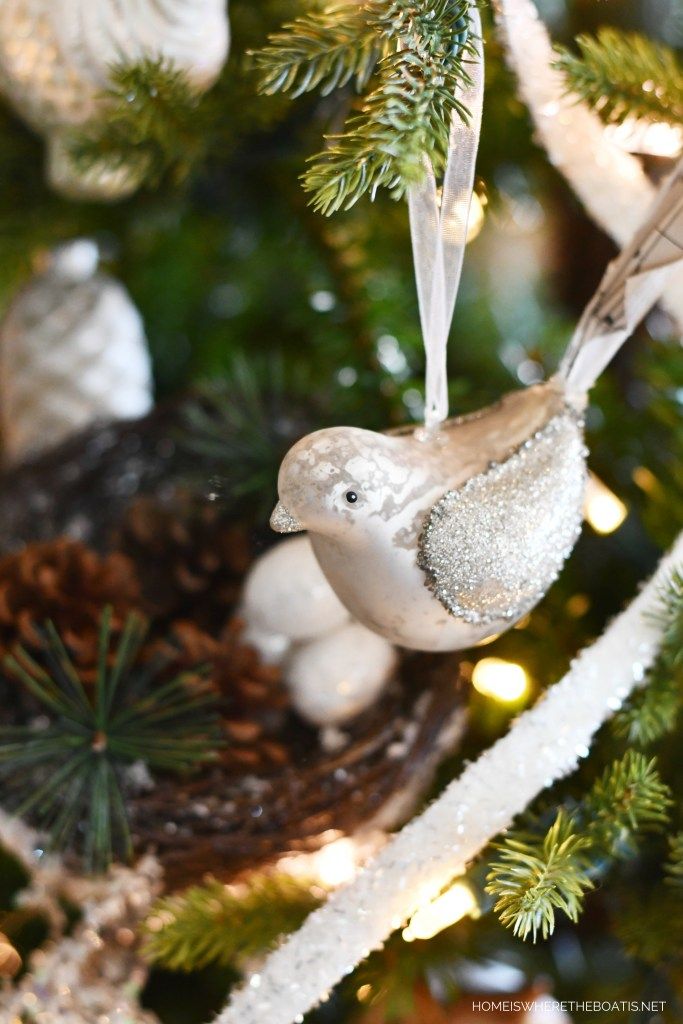 A Winter Nesting Tree for January with bird ornaments | ©homeiswheretheboatis.net