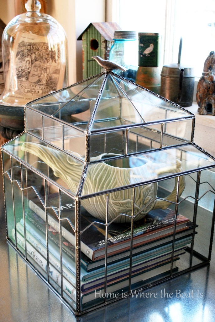 Garden under glass with a terrarium for a fun winter DIY project to add a little green indoors. Easy and self-sustaining and best of all, no green thumb required! | ©homeiswheretheboatis.net