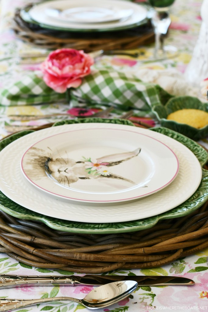 'Hopping into Spring' tablescape | ©homeiswheretheboatis.net #spring #tablescapes