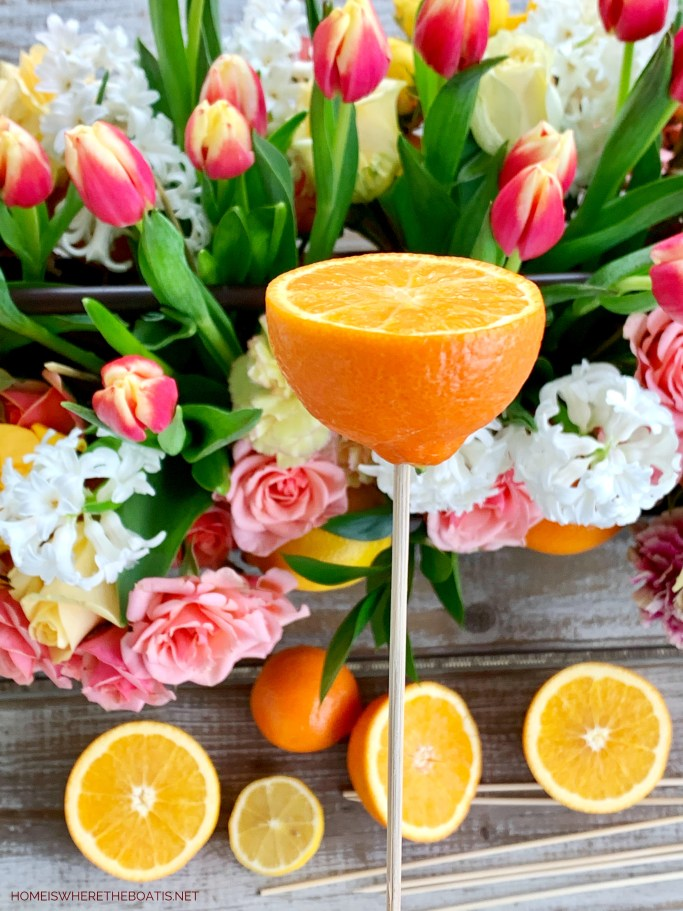 DIY Floral Arrangement with Tulips, Roses and Citrus | ©homeiswheretheboatis.net #flowers #roses