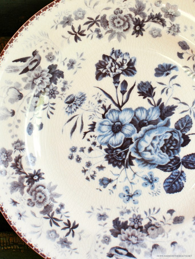 Blue and white floral plate with birds | ©homeiswheretheboatis.net