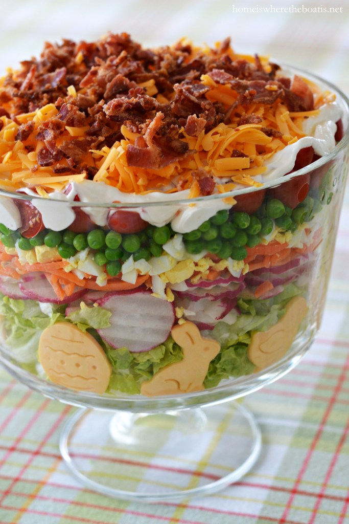 Layered Spring Salad | ©homeiswheretheboatis.net #Easter #spring #salad #makeahead #recipes