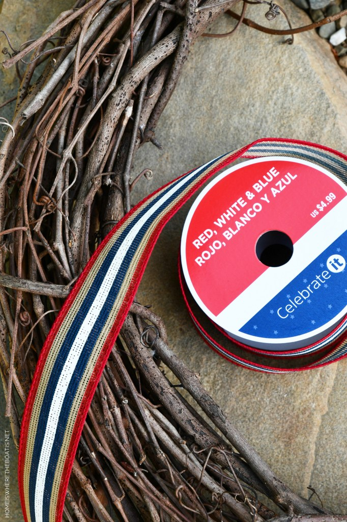 Patriotic Wreath for the Potting Shed | ©homeiswheretheboatis.net #patriotic #wreath #DIY