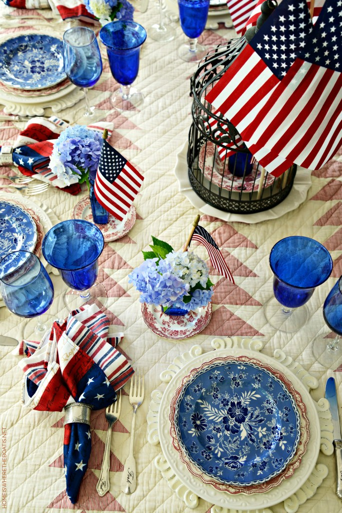 Long May She Wave Patriotic Table | ©homeiswheretheboatis.net #patriotic #tablescapes #4thofjuly #flag #redwhiteandblue