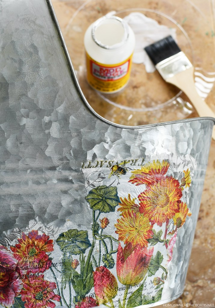DIY Decoupage galvanized tub craft project | ©homeiswheretheboatis.net #DIY #craft