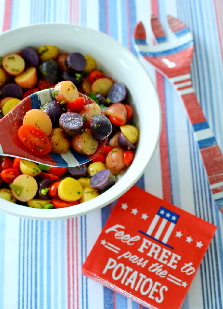 Patriotic Potato Salad | ©homeiswheretheboatis.net #july4th #patriotic #recipes #potatoes #salad #healthy