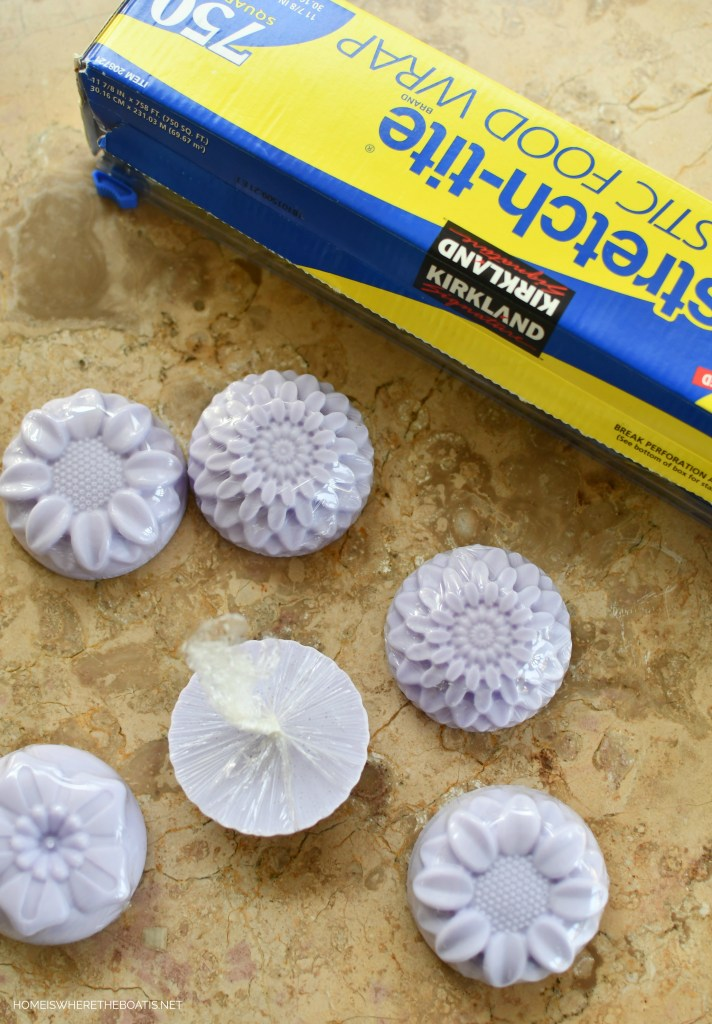 Easy DIY Flower Soap | ©homeiswheretheboatis.net #craft #DIY #flowers #soap #easy #gift