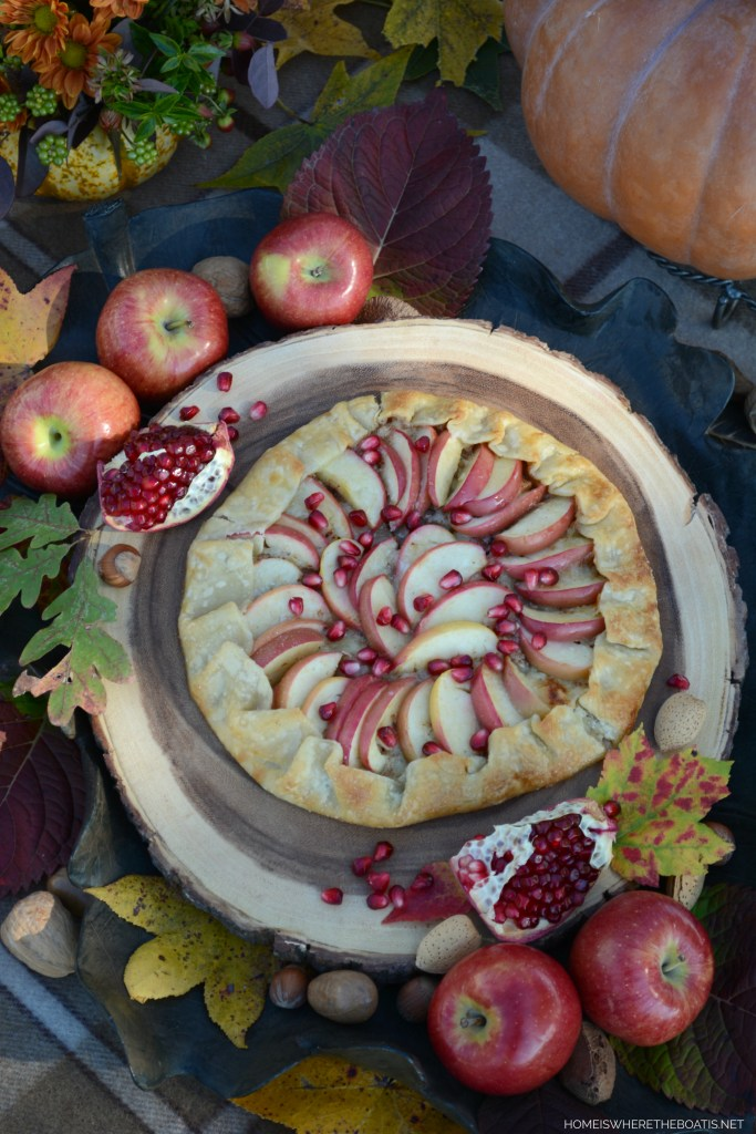 Apple and Honey Galette with Pomegranate | ©homeiswheretheboatis.net #apple #recipes #easy #fall #desserts #pomegranate