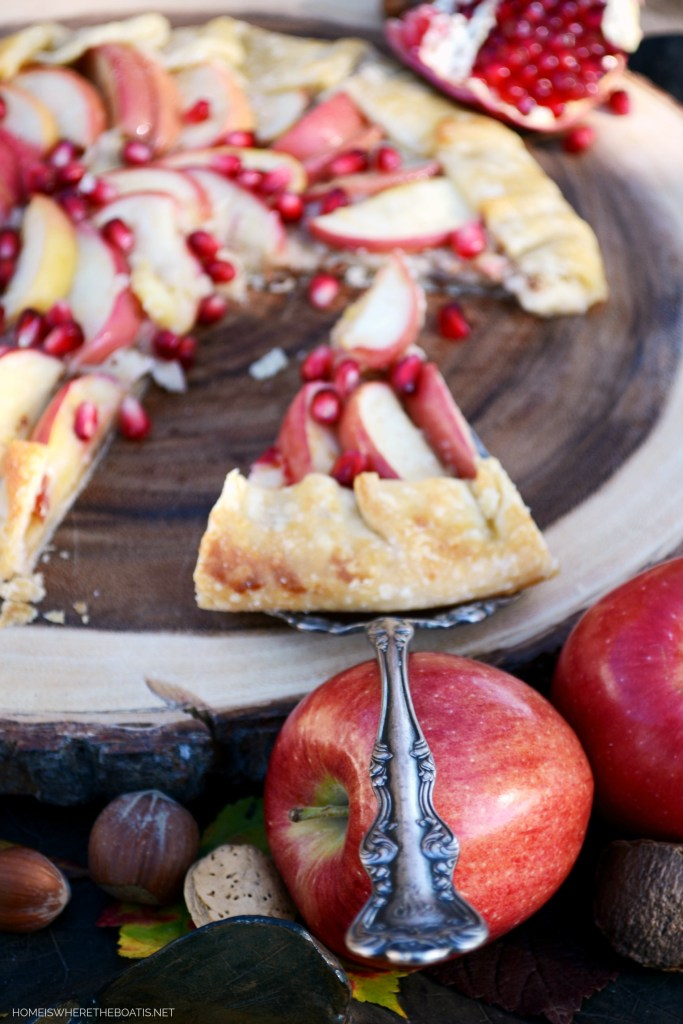 Quick and Easy Apple and Brie Galette with Pomegranate | ©homeiswheretheboatis.net #easy #apple #dessert #fall #recipes