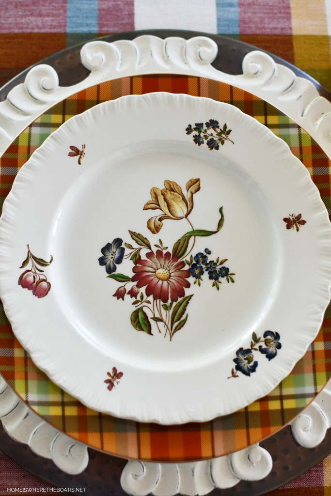 Robert Sprays by Wedgwood Floral Plates and Fall Table | ©homeiswheretheboatis.net #fall #tablescapes #plaid