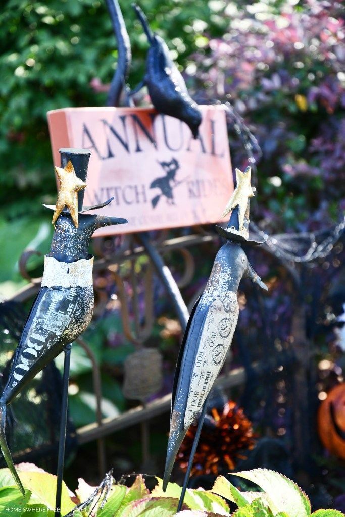 Crow stakes for Halloween | ©homeiswheretheboatis.net #DIY #halloween