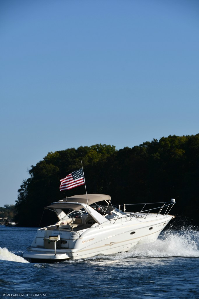 American flag on boat | ©homeiswheretheboatis.net #LKN #lake #flag