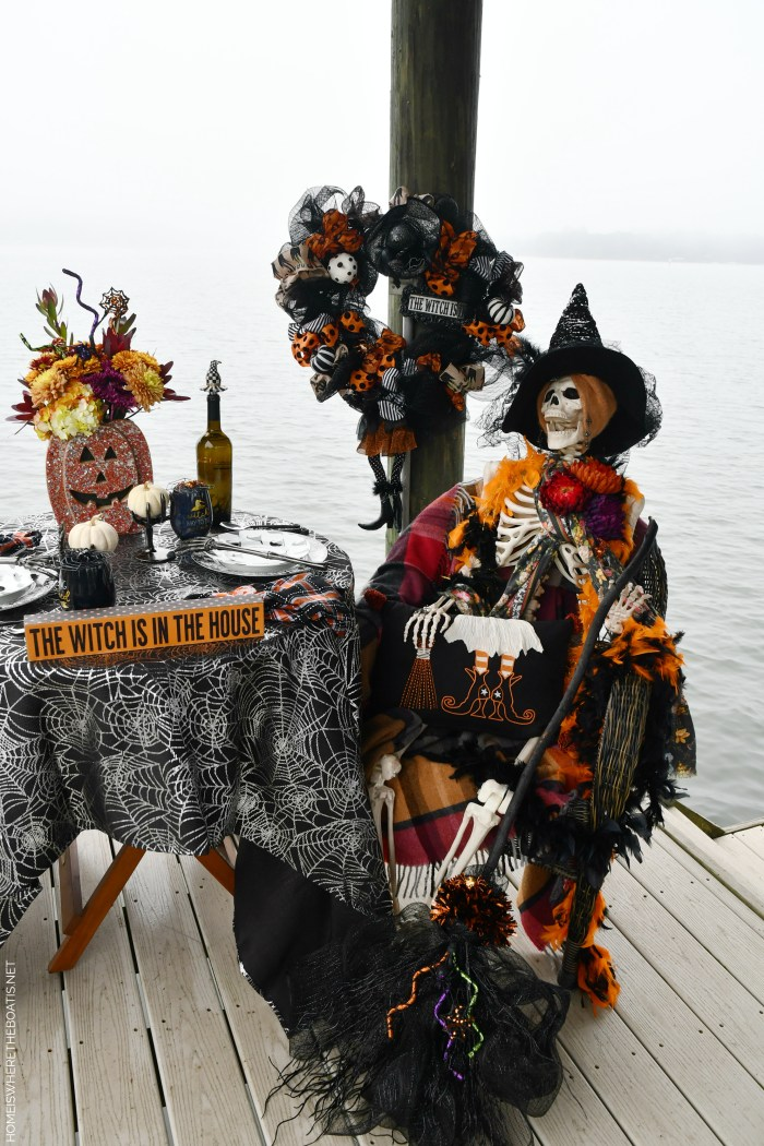 Dockside Dining with Rod and Rowena | ©homeiswheretheboatis.net #halloween #tablescape #skeleton #lake