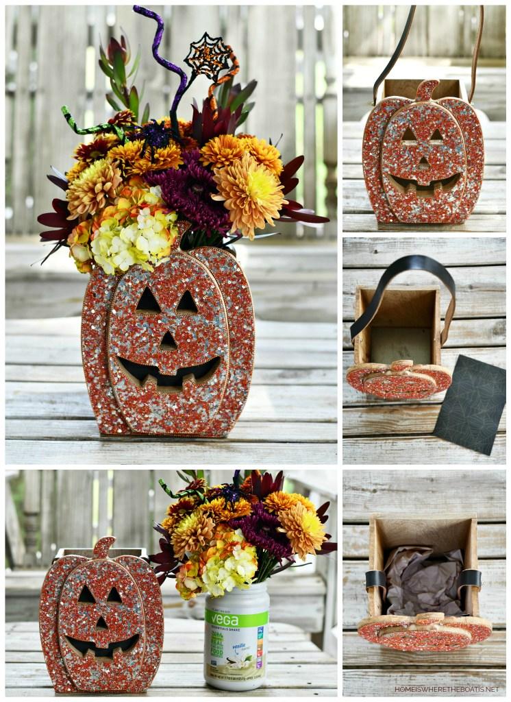 Sequin jack-o'-lantern flower arrangement Halloween | ©homeiswheretheboatis.net #halloween #tablescape