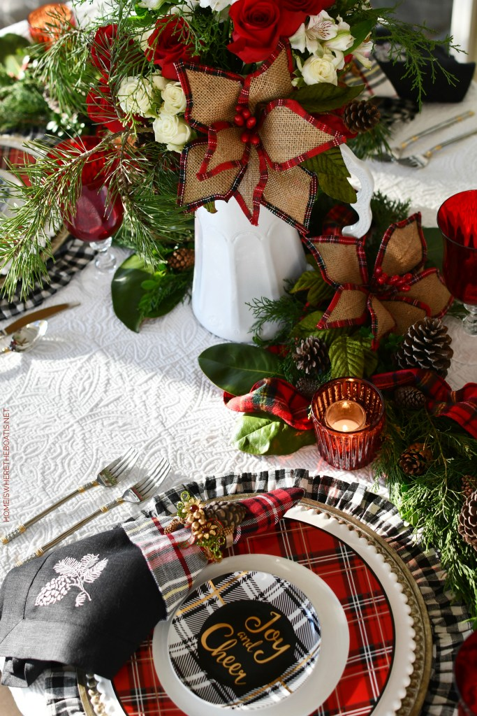 'Joy and Cheer' Christmas Tablescape | ©homeiswheretheboatis.net #christmas #tablescapes #tartan #plaid