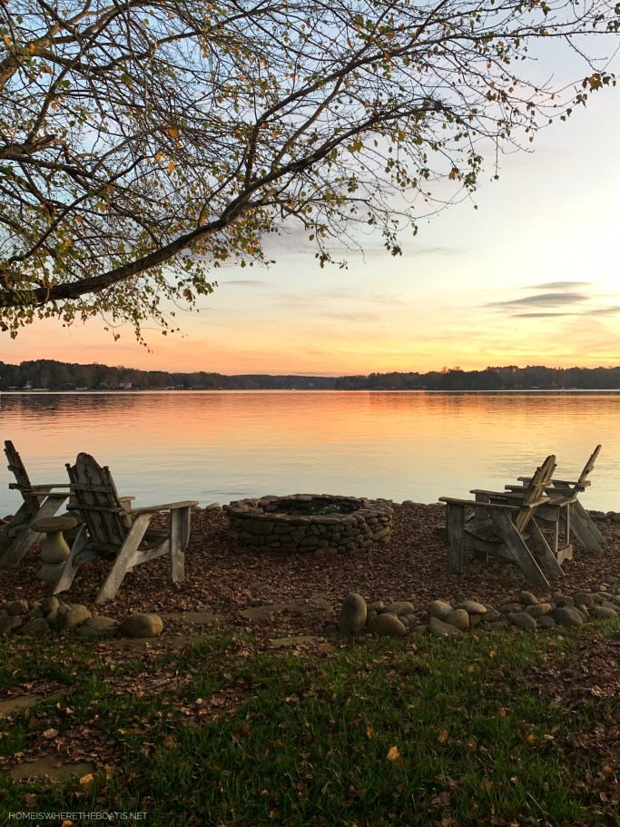 Weekend Waterview Fall Sunset Lake Norman | ©homeiswheretheboatis.net #fall #lake