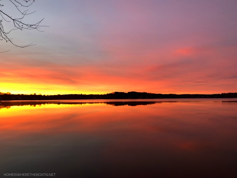 Sunrise and reflections December Lake Norman | ©homeiswheretheboatis.net #sunrise #lake #LKN