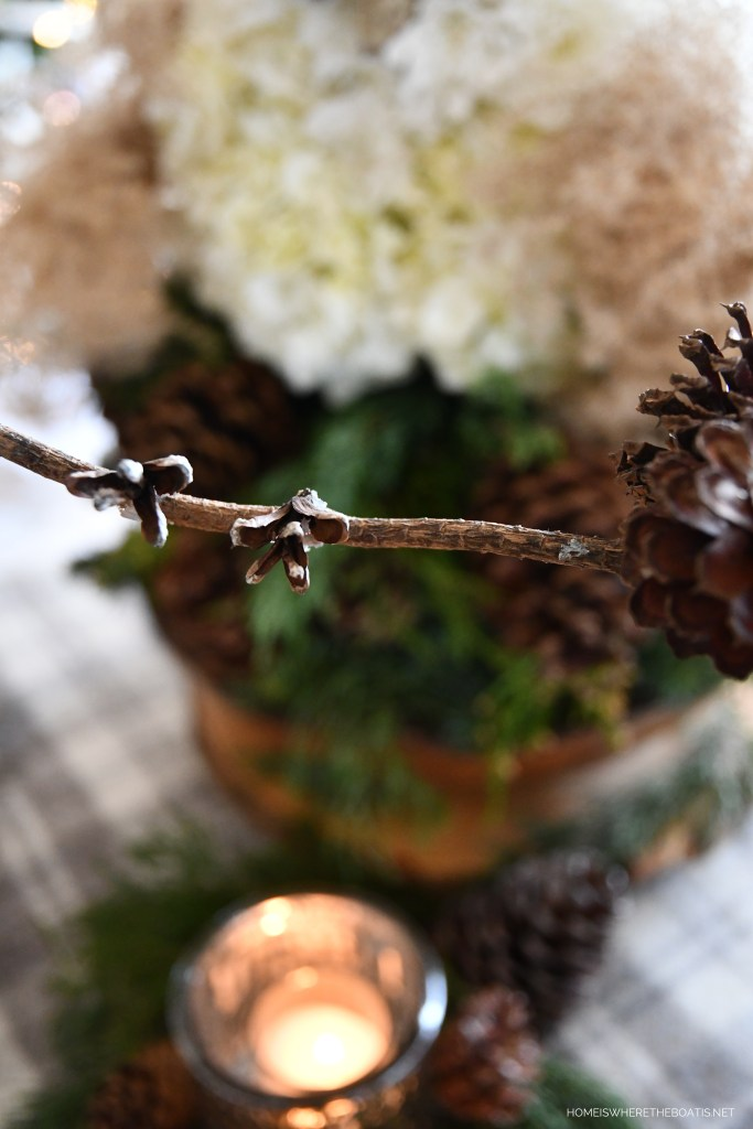 DIY Winter Owl Flower Centerpiece and Table | ©homeiswheretheboatis.net #DIY #owl