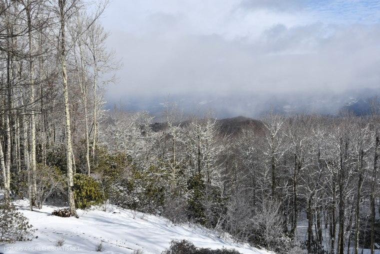 Weekend Mountain Views and Snow Days   ©homeiswheretheboatis.net #snow #ncmountains